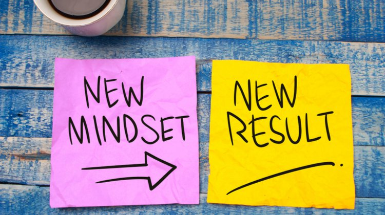 two notes saying new mindset leads to new result | 7 Easy Ways to Build a More Positive Mindset https://positiveroutines.com/positive-mindset/